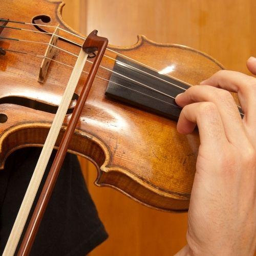 Propriozeption: Tiefensensibilität beim Geigenspiel